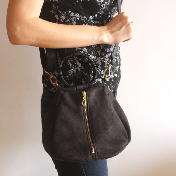 Brooklyn-bell clutch, black crossbody bag for the modern woman. Vegan bag by Petrushka studio