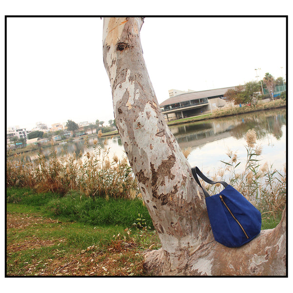 ROME tote, blue tote bag with zipper for everyday. Vegan and Eco friendly bag by Petrushka studio