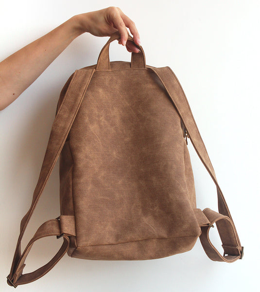 MILAN, camel brown backpack - Vegan and eco friendly backpack by Petrushka studio