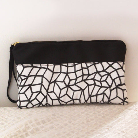 CHICAGO clutch bag, modern zipper black and white clutch. - Petrushka Studio - 1