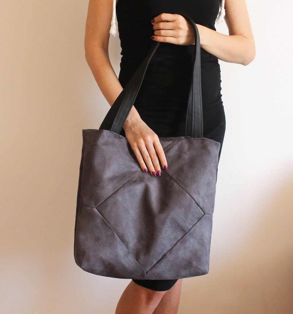 Elegant gray tote bag with zipper for your everyday - Petrushka Studio - 1