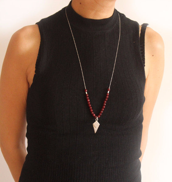 Silver lozenge-shaped necklace with a red beads - Petrushka Studio - 2