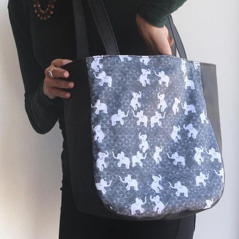 Small tote bag with elephants print to make your day easier! Vegan bag by Petrushka studio