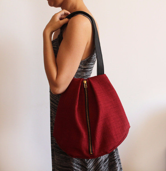 ROME tote, red shoulder bag with zipper for your everyday - Petrushka Studio - 2