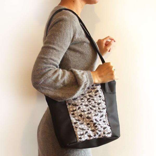 Barcelona Tote bag, small tote bag for your every day. Eco friendly tote bag by Petrushka studio.