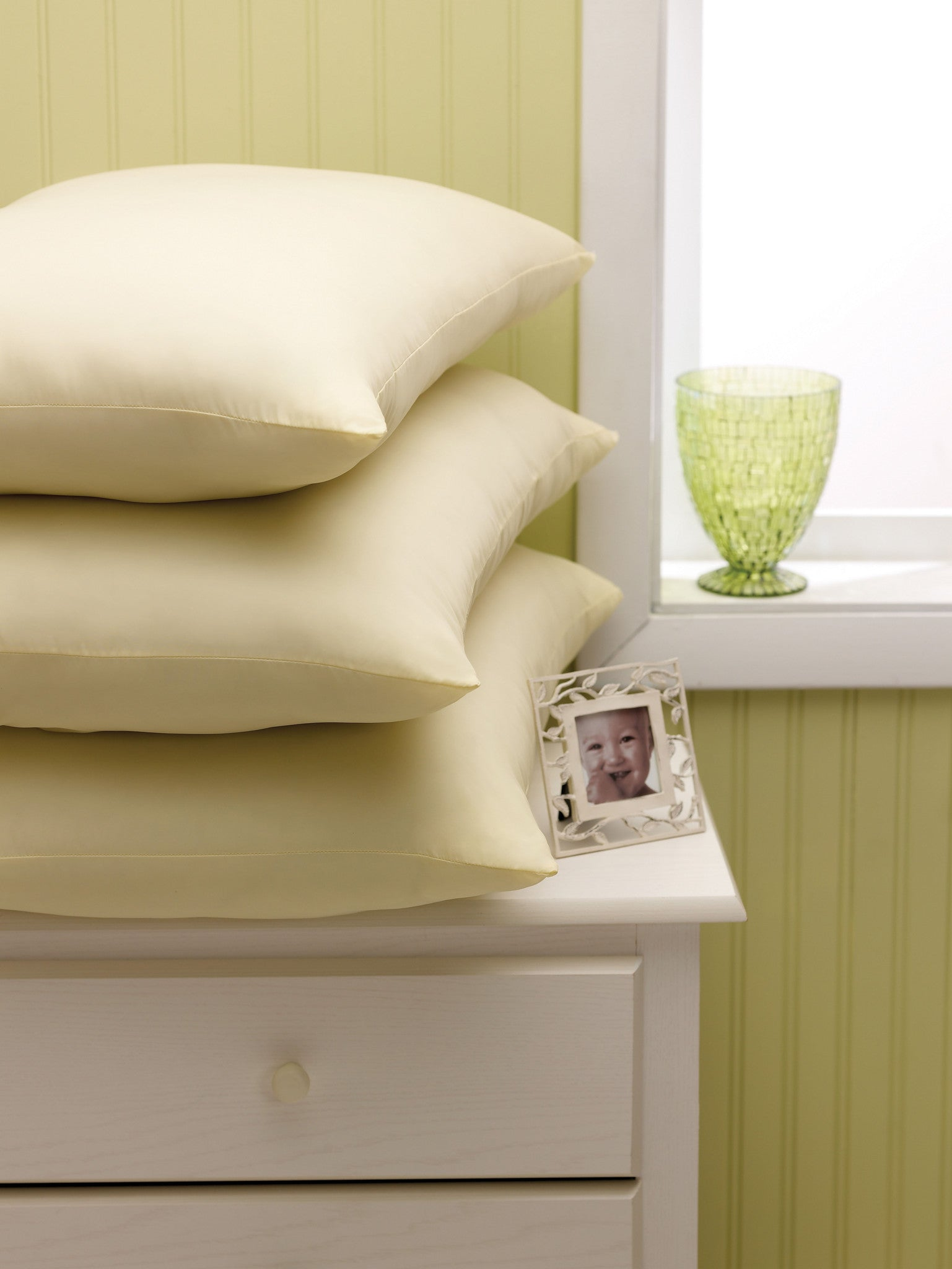 Stay Fluff Pillows 1 Dozen Bh Medwear