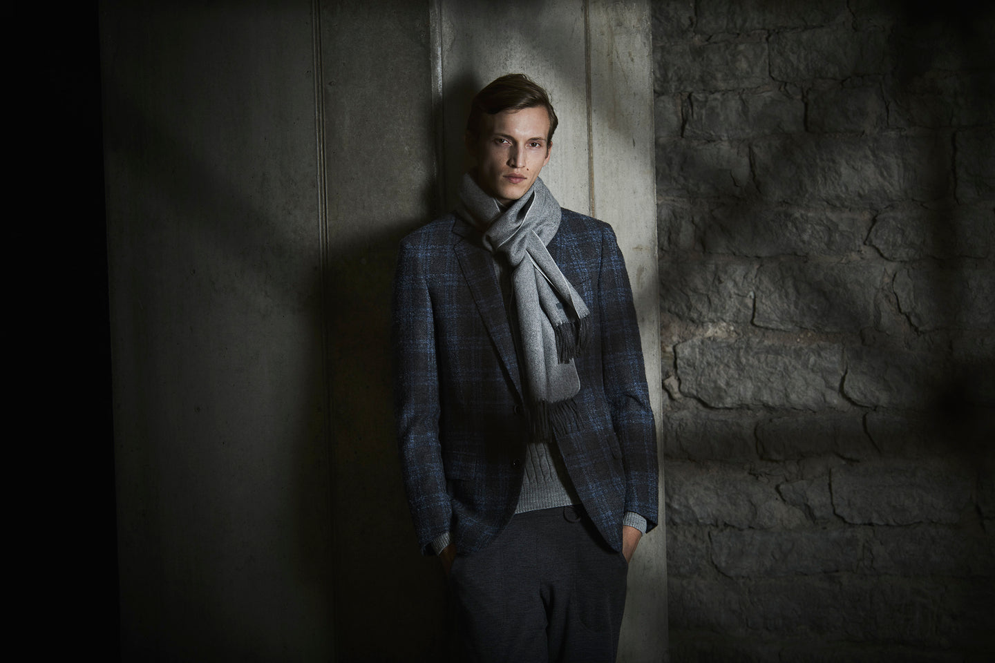AMANJEDA by Katrin Kuldma Bespoke & Made to Measure Blazers made of Loro Piana luxury wools and cashemeres, rätsepa- ja mõõdupintsakud luksuslikest kašmiiridest ja villakangastest