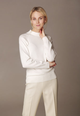 "Sweatshirt ""SPRING"" & sweatpants ""LOUNGE"" made of Premium Cashmere by Loro Piana"