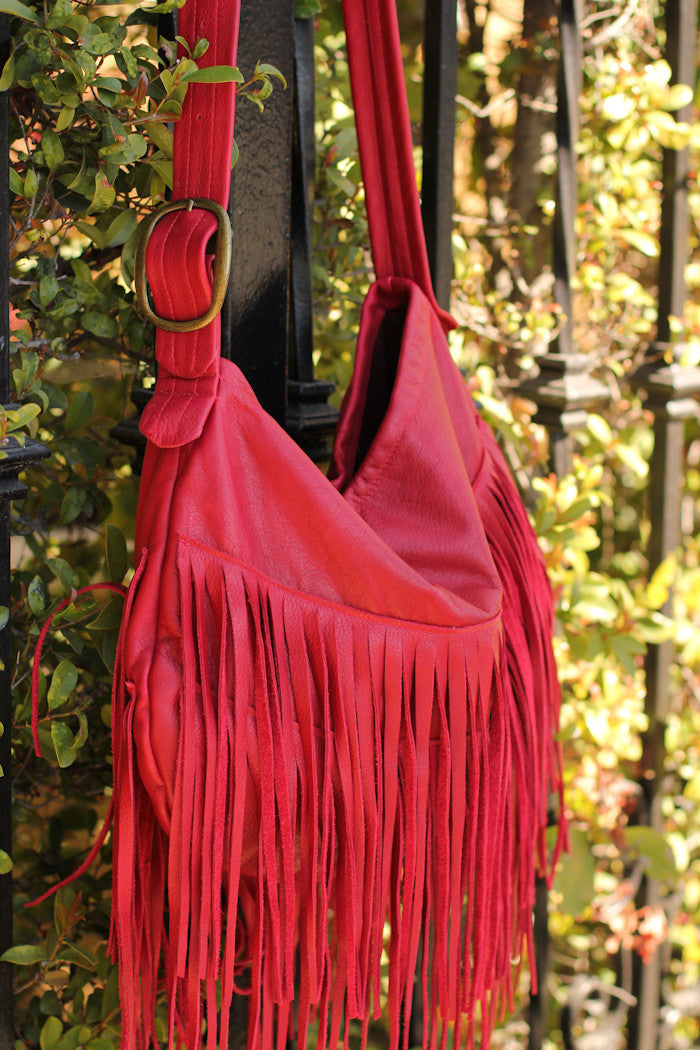 Vintage Addiction Black Boho Chic Fringed Messenger Bag ...