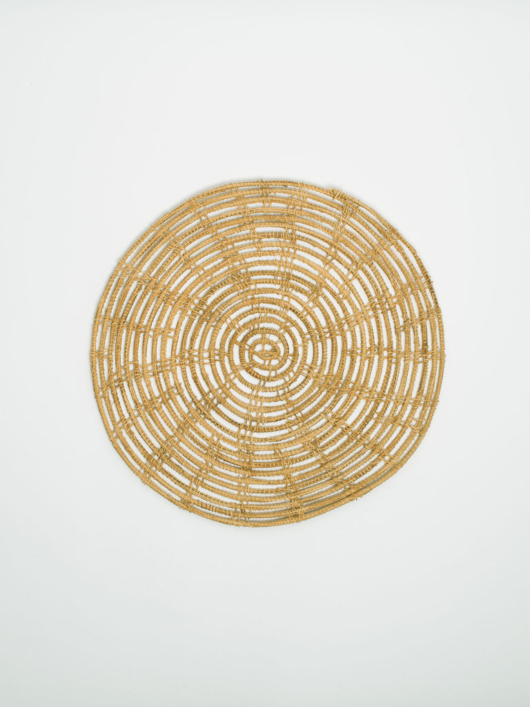 Woven Palm Fibre Round Placemat - Car & Kitchen