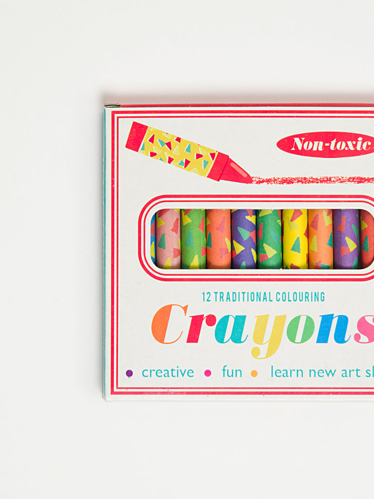 12 Colourful Crayons