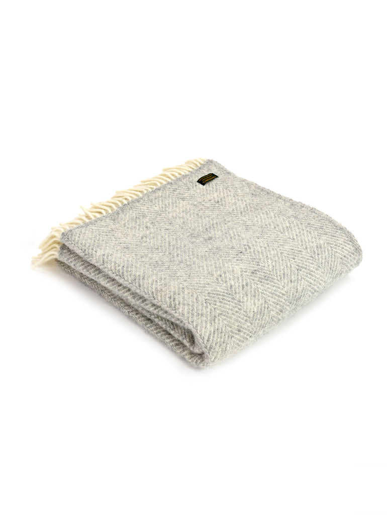 Fishbone Silver + Grey Throw - Car & Kitchen