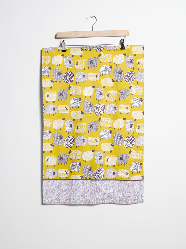 Cotton Dotty Sheep Tea Towel - Car & Kitchen