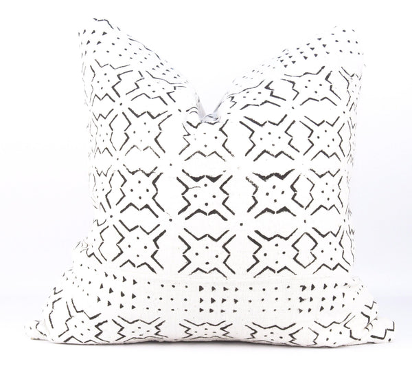 Star Burst Ivory Mudcloth Pillow  18