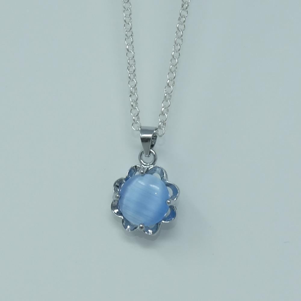 Periwinkle Flower Necklace