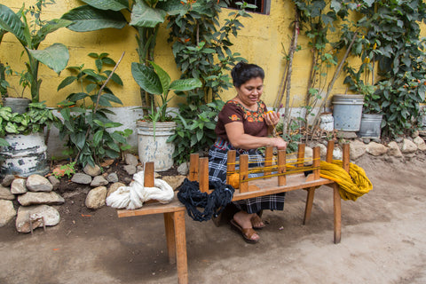 natural dye and weaving process for handmade bags www.ixcheltriangle.com