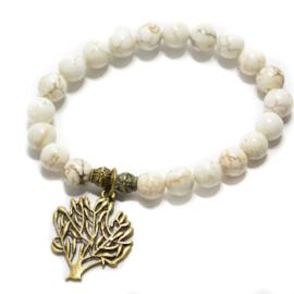 white stretch bracelet