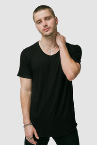 CURVED HEM U NECK / BLACK