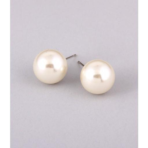 "*[E/R]-Classic Post Faux Pearl Earrings - jewelz by julz...""The Collection!"""