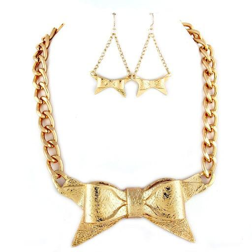 "*[N/LS]-Goldtone Bow Statement Necklace Set - jewelz by julz...""The Collection!"""