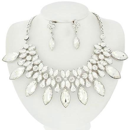 "*[N/LS]- Statement Crystal Wedding Piece Necklace Set - jewelz by julz...""The Collection!"""
