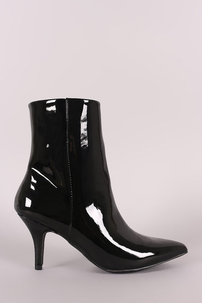 Qupid Patent Pointy Toe Kitten Heeled Booties