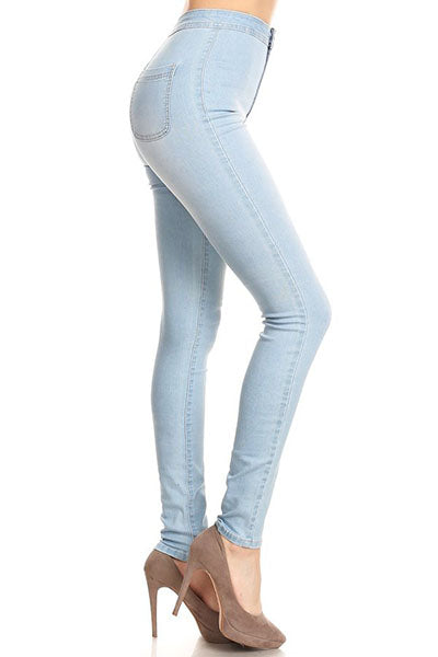 Casual yet Sexy Skinny Jeans