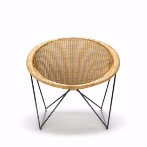 C317 Outdoor Chair by Yuzuru Yamakawa - Open Room