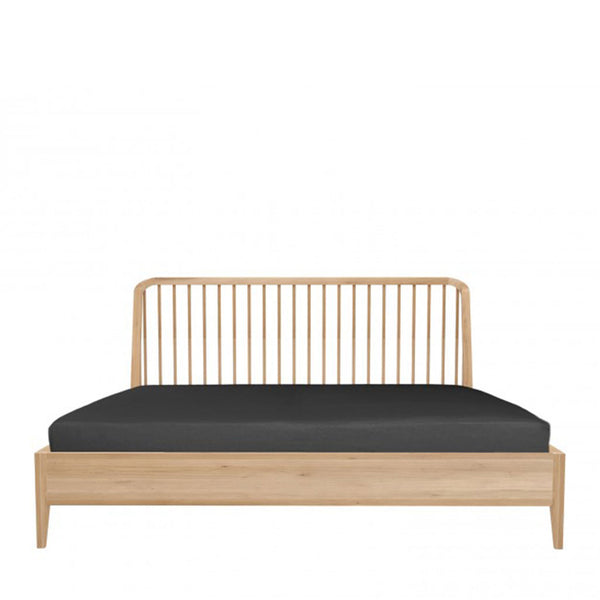 Ethnicraft Oak Spindle Bed Open Room