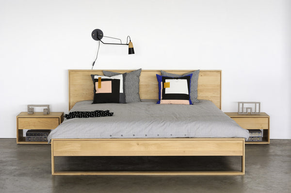 Ethnicraft Nordic II Oak Queen Bed