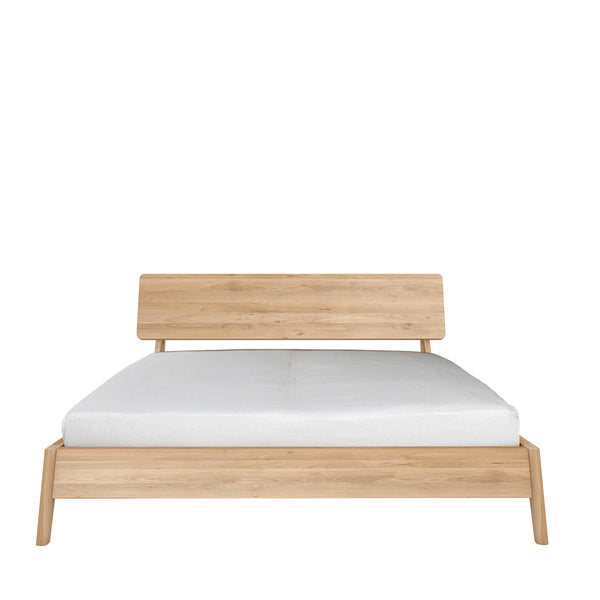 Ethnicraft Air Oak Queen Bed