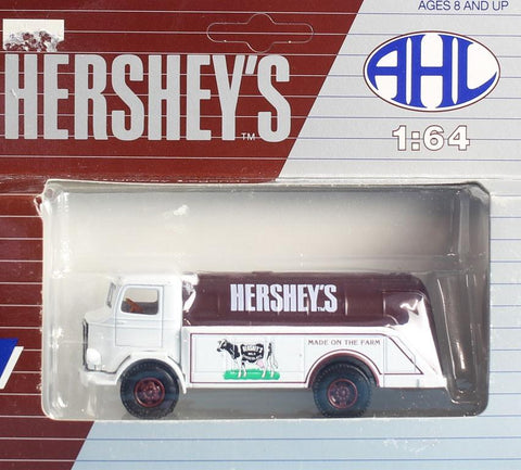 AHL 1:64 S Scale US Highway Legends Hershey's Farm Truck Built Model #HO4080 N/A AHL
