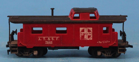 Lot #038 of HO Gauge 4 Caboose & 1 Hopper Car 1 Flat Car Tyco #HOLOT038U N/A Tyco