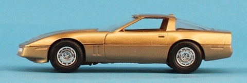 AMT 1:25 1:24 1986 Vette Gold Built Model #5-8673 N/A AMT