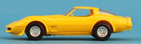 AMT 1:25 1:24 1980 Corvette Yellow Built Model N/A AMT
