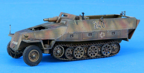Verlinden Built 1:35 WWII German Sd.Kfz.251/9 7.5cm Original Display #VPBKfz251 N/A Verlinden Productions