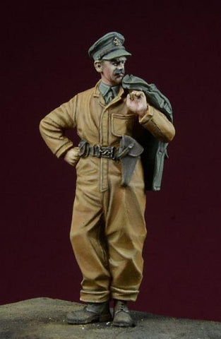 D-day Miniature 1:35 British WWII Tank Corps Sergeant - Resin Kit #35022 N/A D_day_Miniature