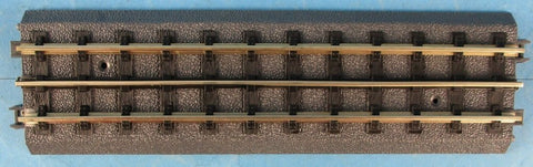 "MTH O Gauge 3 Rail Plastic Bottom 10"" Straight 2 Per Box N/A MTH"