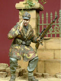 D-day Miniature 1:35 Screaming WSS Officer in Anorak 1944-45 - Resin Kit #35050