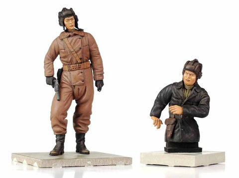 Verlinden Built 120mm 1:16 WWII Russian Tanker Figures Original Display #VPB2578 N/A Verlinden Productions