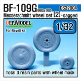 Bf109 G wheel set 2 for Revell 1/32     Continental 660 x 160 tyre main gear wheel, Naturally weighted bulge shape     Smooth tyre and Plain hub type.     Included tail wheel, size 350x135     Total 3 resin parts and Wheel mask