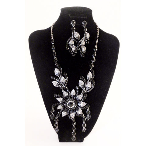 Rhinestone and Black Stone Necklace Set - Must Have Shoes and More