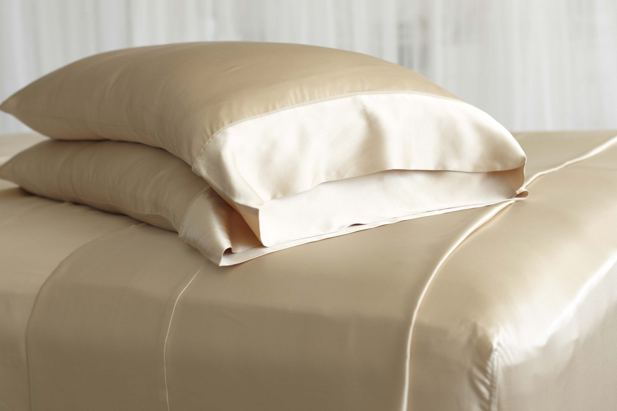 charmeuse pillowcase color why pillow ivory lilysilk for good silk pillowcases are momme coffee you contrast and