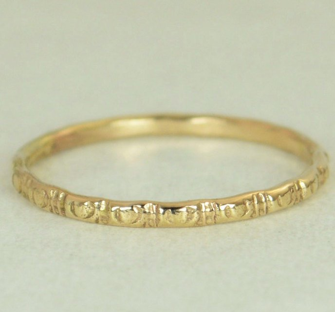 14k Gold Ripple Wedding Ring - G5