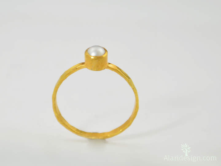 Small Gold Pearl Ring