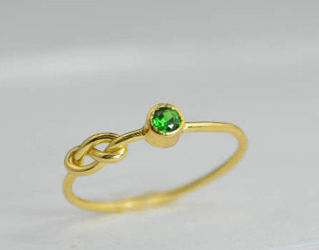 Solid 14k Gold Emerald Infinity Ring