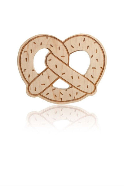 PRETZEL TEETHER | SULLIVAN | MAPLE WOOD - Cooper's Crib