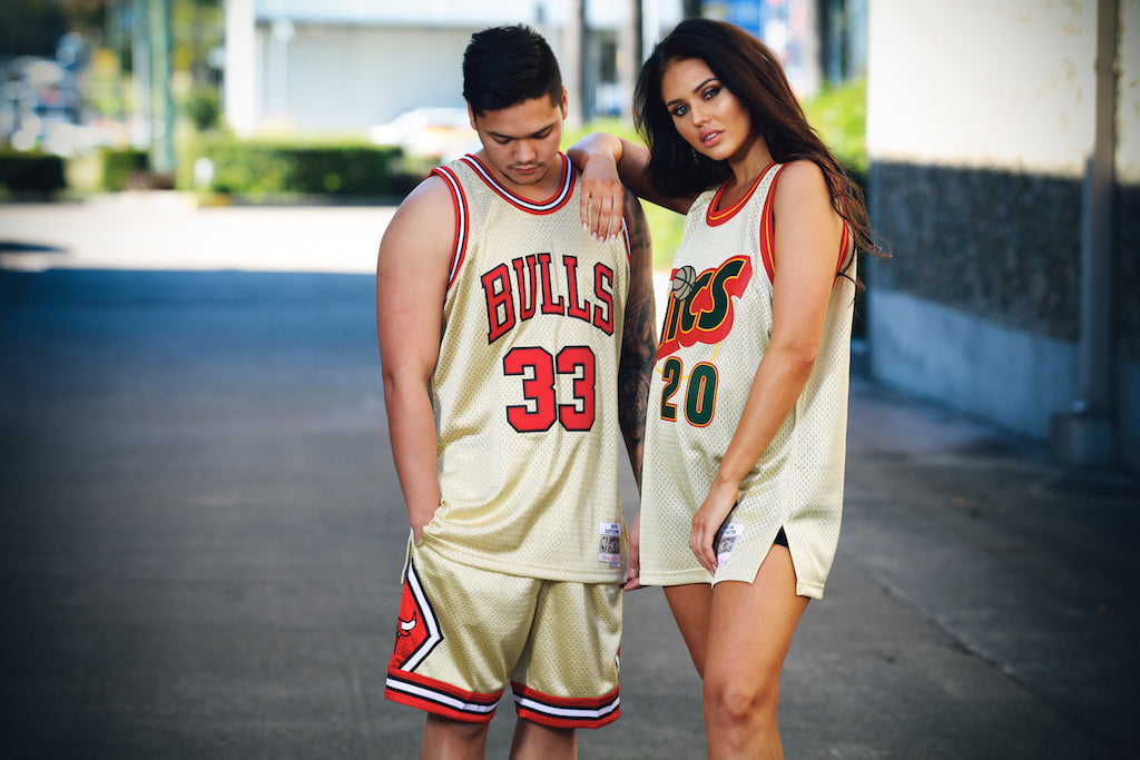 low priced dbb19 7c7c8 How To Style The Mitchell & Ness Gold Swingman Collection ...