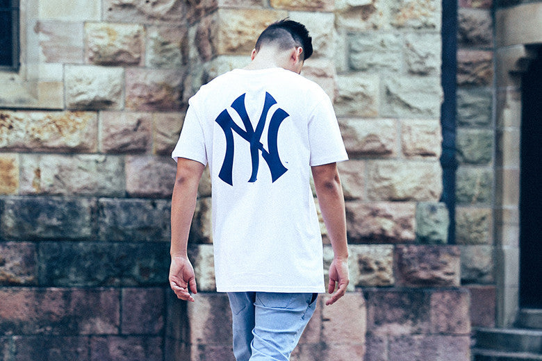 Majestic Athletic New York Yankees Remic Long Line Tee's