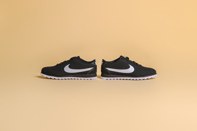 Nike Women's Cortez Ultra Moire Black/White